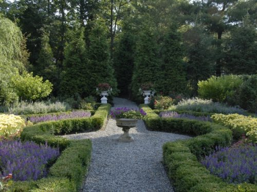 Custom garden design with planters
